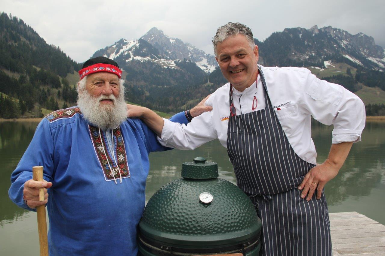 René Brienen samen met stamgast Alphons van Hostellerie am Schwarzsee